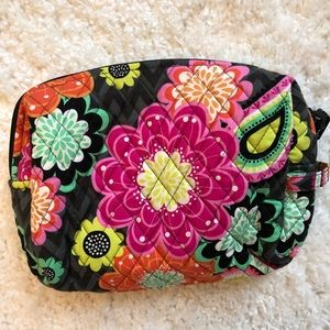 Vera Bradley Ziggy Zinnia travel cosmetic bag
